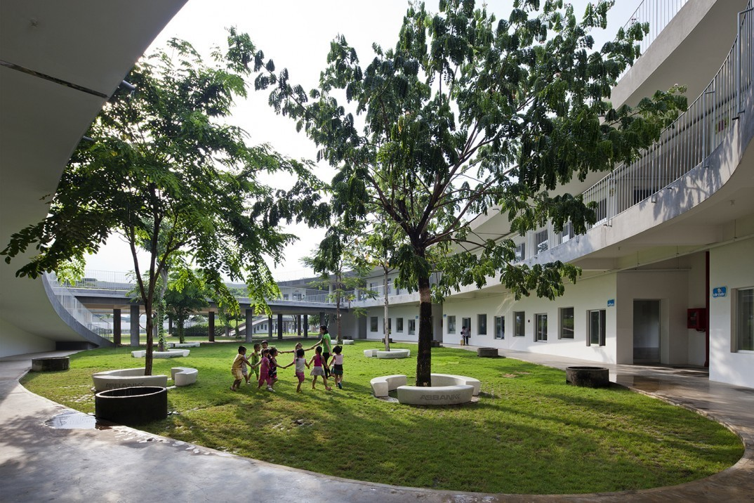 Farming-Kindergarten-by-Vo-Trong-Nghia-Architects11